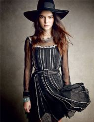 kendall-jenner-by-patrick-demarchelier-for-vogue-december-2014-1