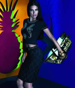 snapshot-adriana-lima-by-mert-alas-and-marcus-piggott-for-versace-x-riachuelo-collection-campaign-2