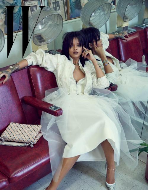 Rihanna-by-Dennis-Leupold-for-W-Koreas-10th-Anniversary-Issue