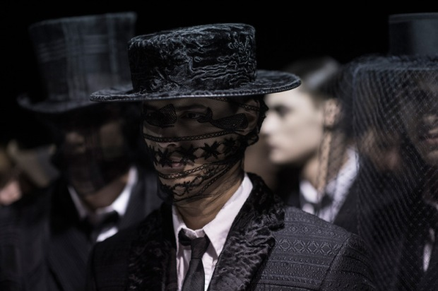 thom-browne-2015-fall-winter-collection-backstage-0