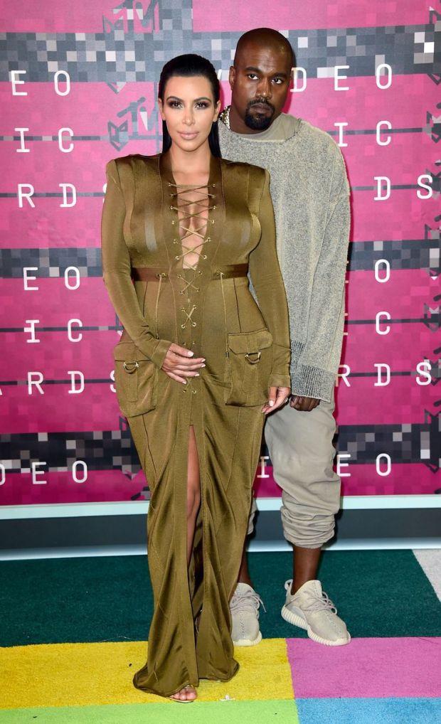 Kim & Kanye VMA 15