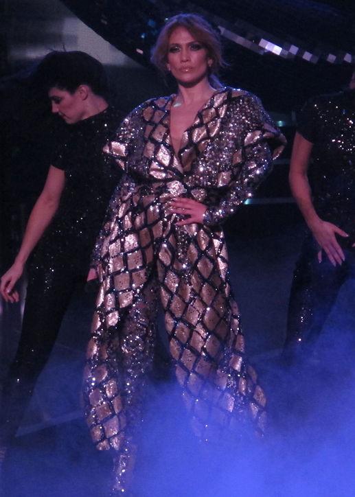 J. Lo 4
