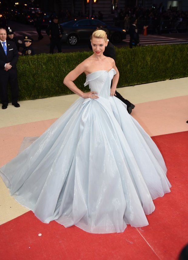 Claire-Danes-Light-Up-Dress-Met-Gala-2016
