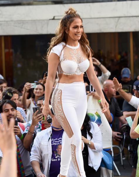 Jennifer+Lopez+Lin+Manuel+Miranda+Perform+CMrkYyjF9j_l