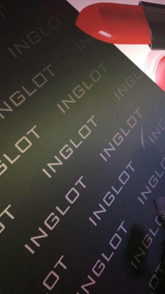 inglot-3
